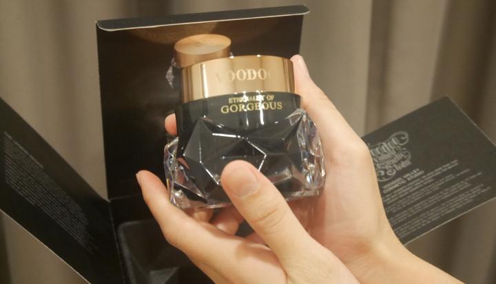[REVIEW] Voodoo Gorgeous Cream ครีมที่ทำให้ผิวดูแพง พอๆกับแพคเกจ